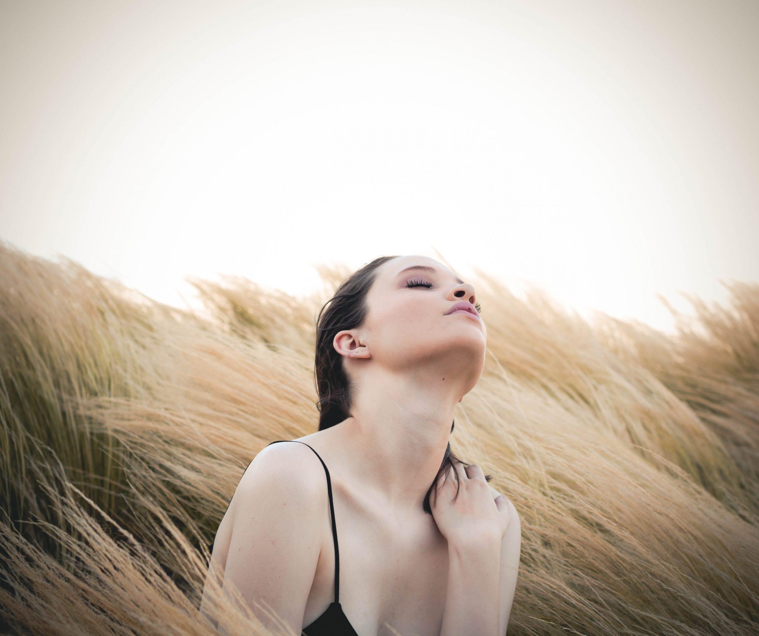 9 huiles de bronzage naturelles pour protéger votre peau et améliorer votre bronzage 1